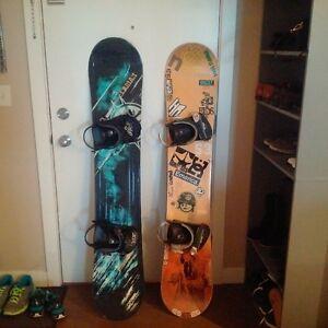 2 snowboards