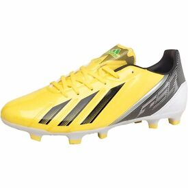 Brand new in box size 6.5 Adidas football boots