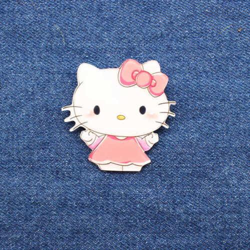 Hello Kitty Brocche Pin Collectible 59-12