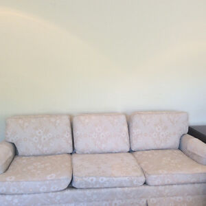 Moving to Thailand...must give away my couch