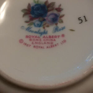 Royal Albert Moonlight Rose 5piece setting for 8 Comox / Courtenay / Cumberland Comox Valley Area image 7