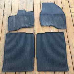Ford Explorer-all weather thermoplastic rubber floor mats