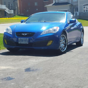 2011 Hyundai Genesis Coupe 2.0T - 6 speed