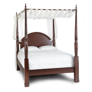 QUEEN CANOPY FOUR POSTER BED