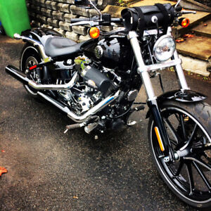Softail breakout comme neuf