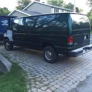 2002 Ford E-350 Cargo Van Extended