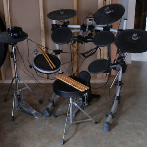 Yamaha DTX-PRESS IV Electric Drum Kit