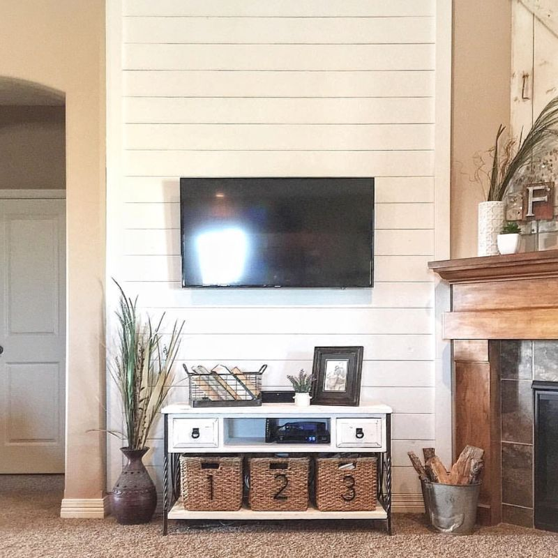 Installing shiplap all the way to the ceiling ensures this wall is not overlooked. (Image: AD Aesthetic via @TheGermanCo