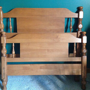 Roxton headboard and footboard for single bed