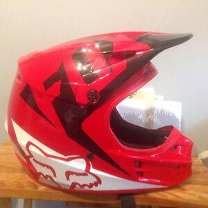Fox helmet v1 pilot