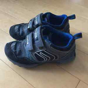 GEOX boys running shoes size 11