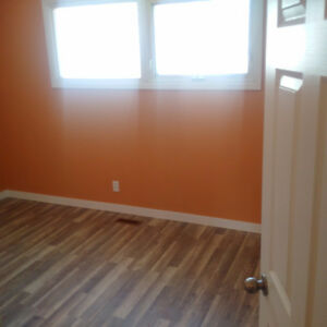 2 bedroom Suite with Ample space in Rosemont Area