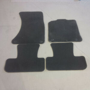 Carpet Floor Mats for Audi Q5 - OEM (Front/Back)