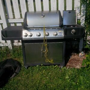 Galveston BBQ with cover and propane tank