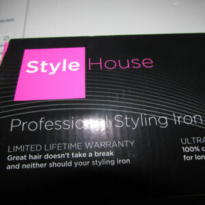 STYLE HOUSE PROFESSIONAL STYLING FLAT/CURL IRON