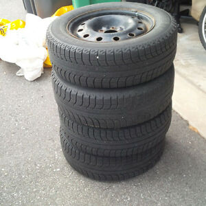 MICHELIN X-ICE Winter Tires with Rims - 215 60 R16