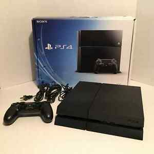 Playstation 4, Ps4 Mint, Barely used!
