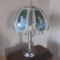 Glass Wolf Table lamp