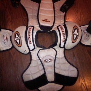 Hockey Equipment - Shoulder Pads