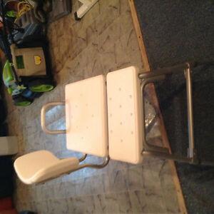 Bathtub chair reduced price St. John's Newfoundland image 1