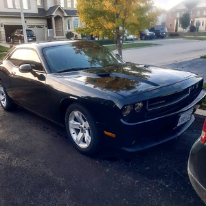 Selling my 2013 dodge challenger 23500