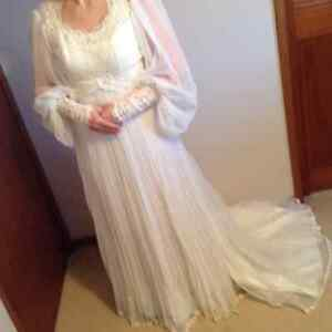 Long wedding dress and veil