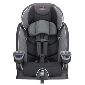 Mint Condition Like New Evenflo Maestro Car Seat/Booster Seat