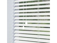 Wooden blinds/white wooden blinds