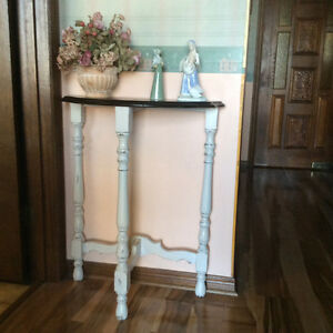 Shabby chic Half moon hall table