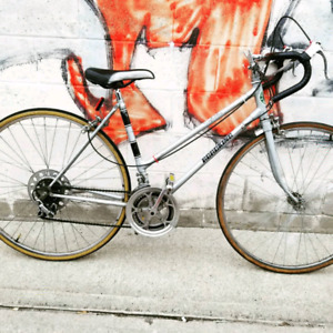 Competition Road King road bike.
