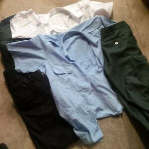 Gros lot d'uniformes neuf! (securite, entretien) chemises, cargo