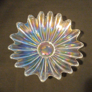 Vintage Iridescent Federal Glass Fruit Bowl