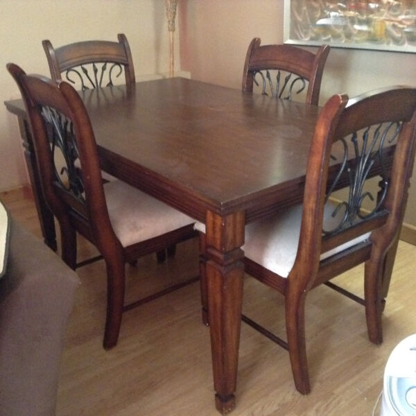 Kijiji dining table and chairs used dining room for Table 6 chaises kijiji