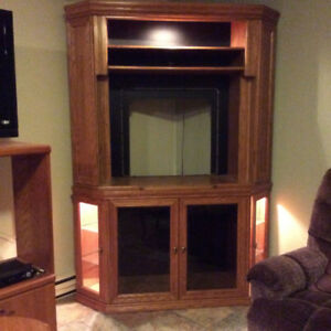 TV Stand Corner Unit (Grand-Falls, NB)