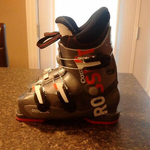 Youth Rossignol Comp J3 size 21.5 (youth sz 1.5 - 2.5 shoe)