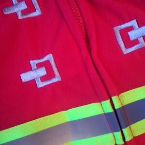 ADORABLE FLEECE FIREMAN OUTFIT / COSTUME - New Condition, 6-9M Cambridge Kitchener Area image 3