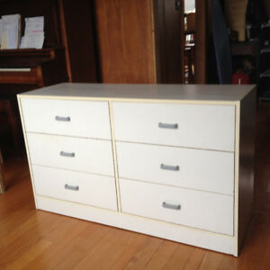 Dresser-6 Drawers-Particle Board Construction