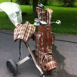 """NEW PRICE!  Complete womans 5""""5 custom made Golf clubs & equip."""