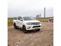 2016 66 Toyota Hilux Invincible X 2.4 D4D Auto White 6k miles, Pearlescent Paint