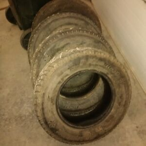 195 70 r14 Hankook I-Pike RC01 Studded winter tires