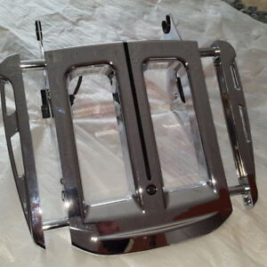 Harley Luggage Rack - Touring Quick Release / LED Light
