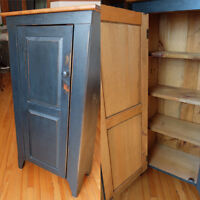 Antique armoire bois pin / bookshelf in pine wood country style