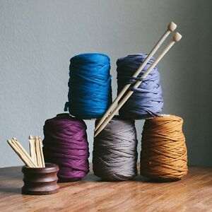 T-shirt yarn over 50 colors