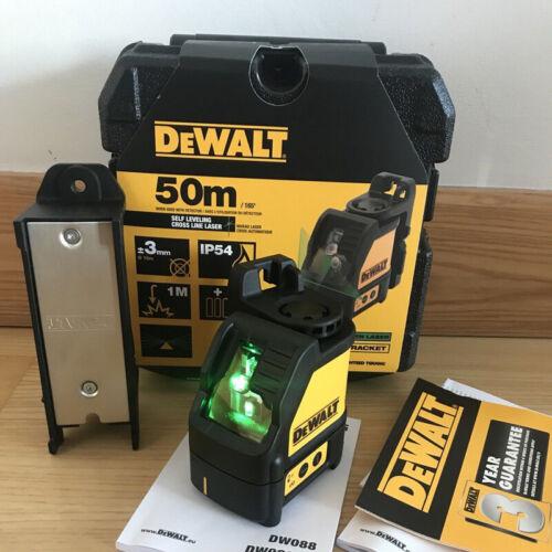 NEW  Dewalt DW088CG 2 Way Self-Levelling Cross Line Laser
