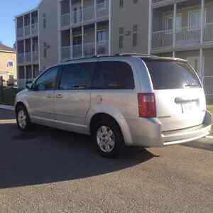 2010 Dodge Grand Caravan SE - $10400 - 120km - Mint Condition
