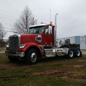Freightliner 122SD Heavy spec Day Cab