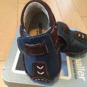 See Kai Run shoes size 0-6 months blue and brown loafer