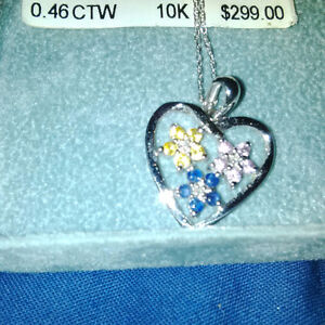 White Gold Heart Necklace with Diamond Flowers/Stars