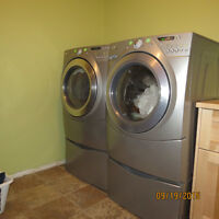 front-loading, Whirlpool Duet washer, dryer and pedestals