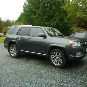 2012 Toyota 4Runner LTD SUV, Crossover